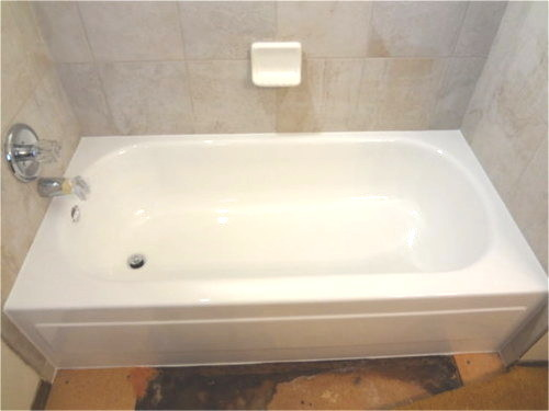 Refinished tub with grey tile back